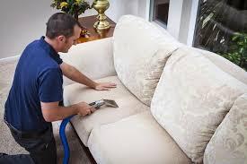 مع شركة تنظيف منازل بالرياض قل وداعًا لمتاعب التنظيف المنزلي المرهقة، إذ أنك مع شركتنا تحصل على العديد من خدمات التنظيف